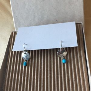 Jewelry - Pretty sterling silver and turquoise earrings